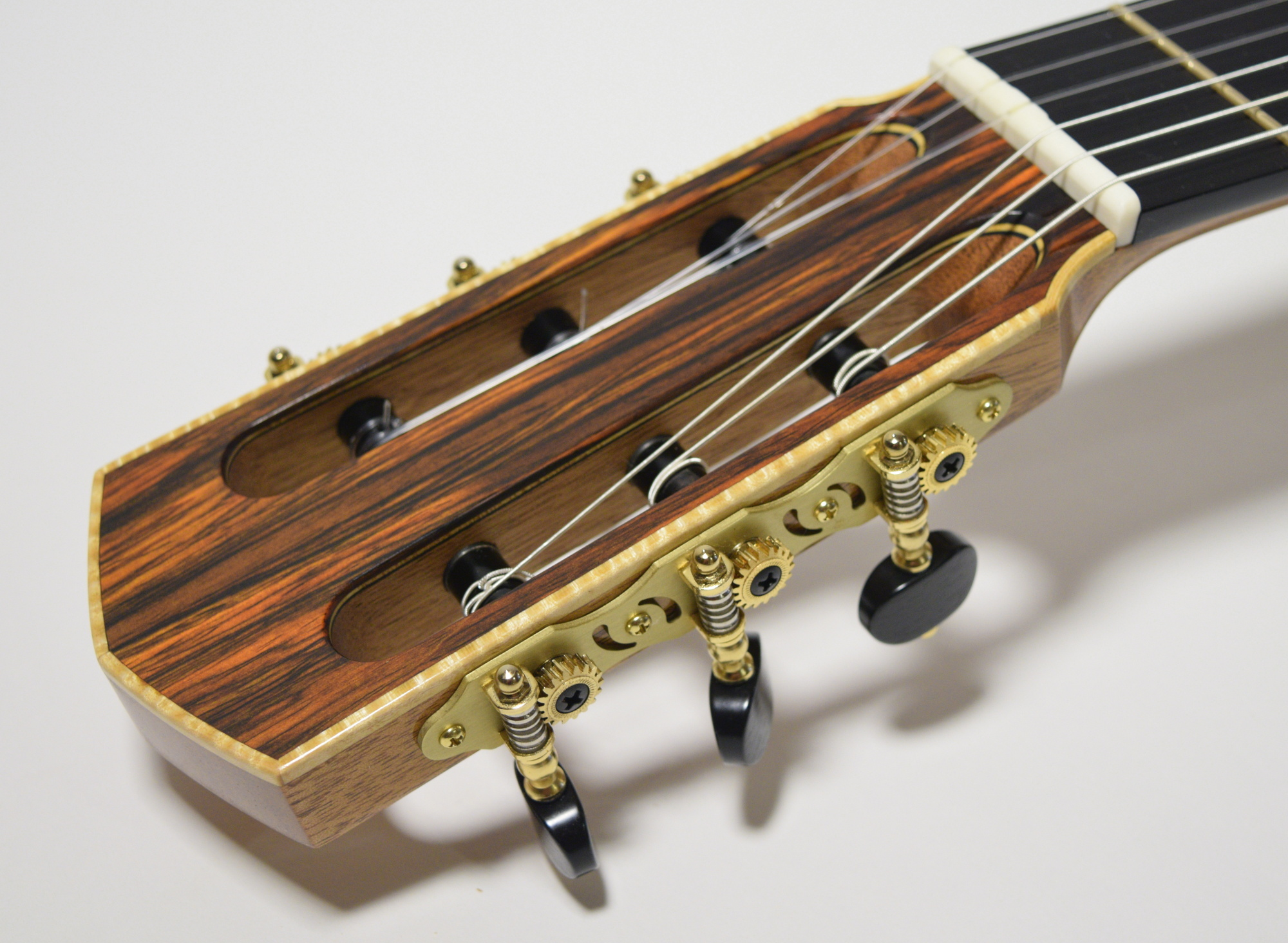 classical guitar tuners handmade classical guitars zebulon turrentine. Black Bedroom Furniture Sets. Home Design Ideas