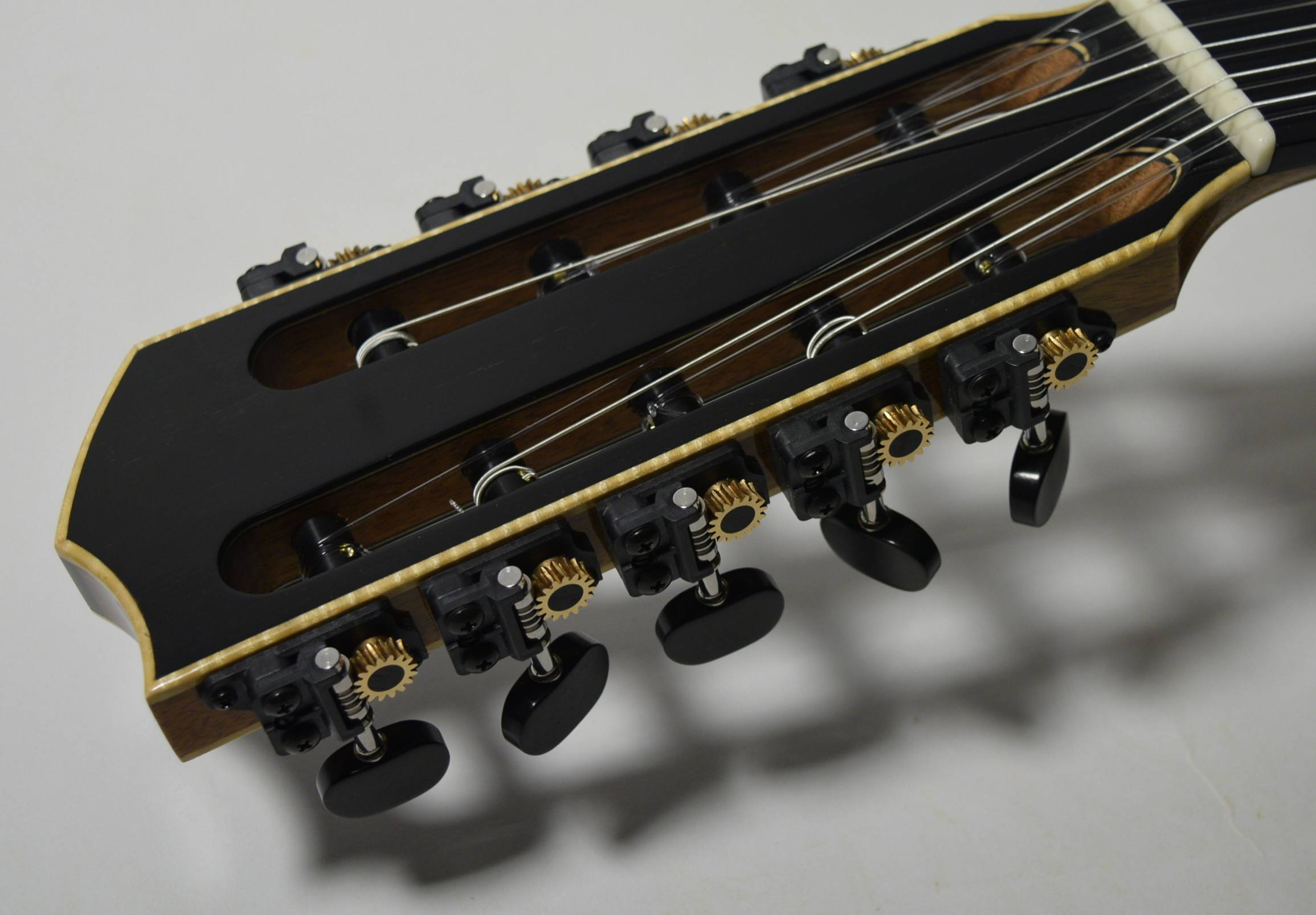 A nine string modern guitar for the barque repertoire