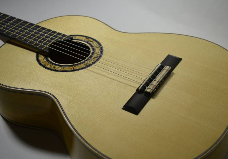 The Lutz Spruce top came from the same batch of wood as the top on No. 30