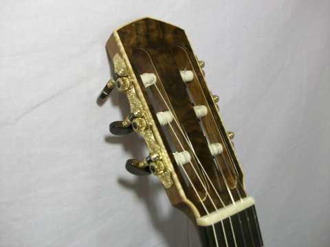 Headstock with Maple Binding